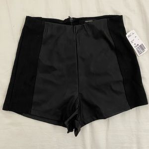 Forever 21 High Waisted shorts in size XS